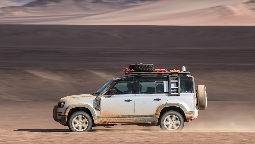 Goodyear equipa de origem novo Land Rover Defender