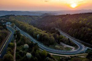 02 - Falken-lado-a-lado-com-a-Nürburgring-Endurance-Series