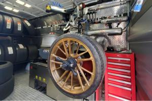 E-CUBE: manutenção móvel de pneus do TechnoMarketing Group