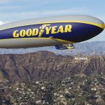 Goodyear Blimp está de volta aos céus