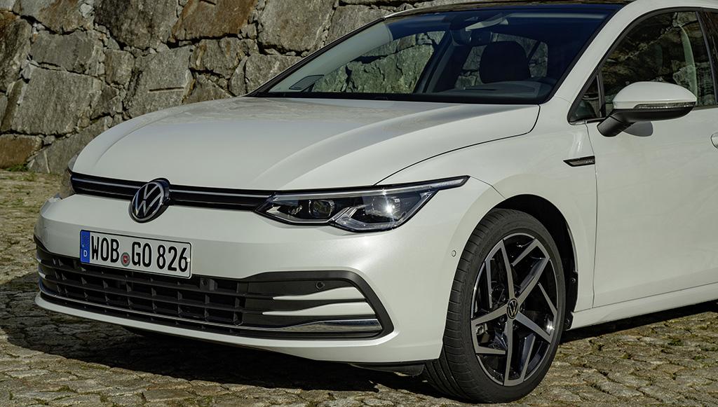09 - Volkswagen-Golf-8-com-tecnologia-ENLITEN