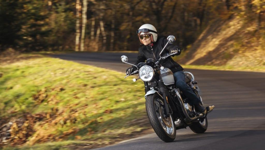 12 - MICHELIN-lança-MICHELIN-Road-Classic-para-motos