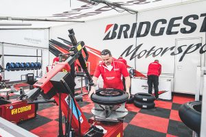 12 - Pneus-Bridgestone-fornecem-Hawkers-European-Talent-Cup-2021