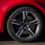 01 - Bridgestone-lança-pneu