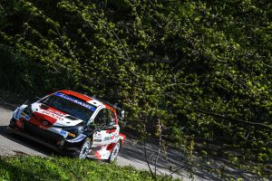 05 - Pneus-Pirelli-vencem-na-Croacia